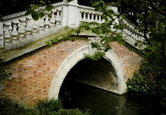 Vista puente Monceau-París