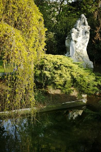 Estatua Monceau-París